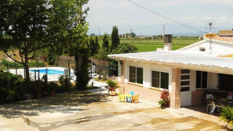 Paradise Ebro 3